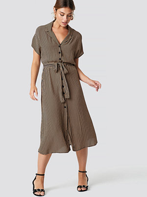 Mango Harp Midi Dress svart brun