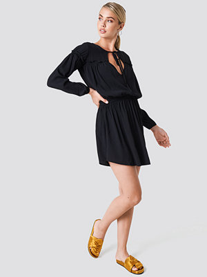Trendyol Ruched Waist Mini Dress - Korta klänningar