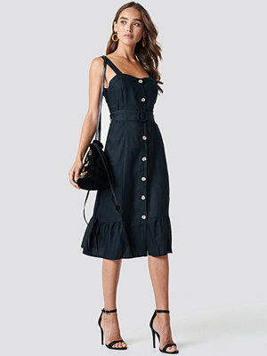 Trendyol Buttoned Belted Waist Midi Dress - Midiklänningar