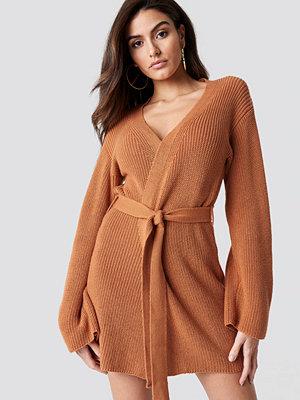 Hannalicious x NA-KD Wrapped Knitted Cardigan orange