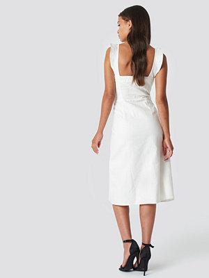 Trendyol Tulum Button Detailed Midi Dress - Midiklänningar