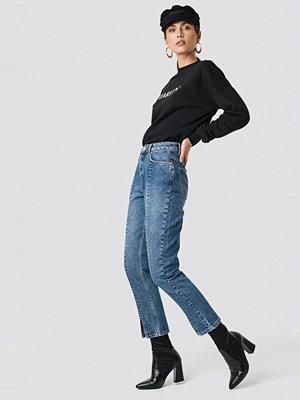 Jeans - NA-KD Front Slit Jeans blå