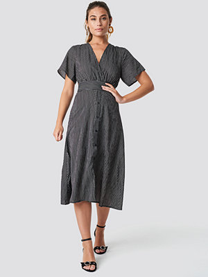 Glamorous V-Neck Midi Dress - Midiklänningar
