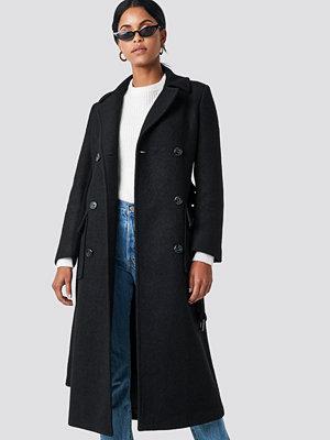 NA-KD Trend Belted Coat svart