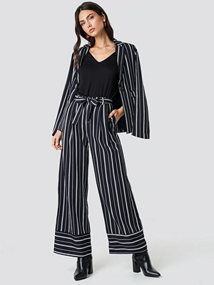 NA-KD Classic randiga byxor Tie Waist Striped Wide Pants blå