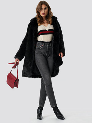 NA-KD Trend Faux Fur Collar Long Jacket svart
