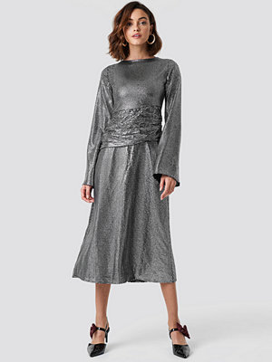NA-KD Party Gathering Detail Sequins Midi Dress silver