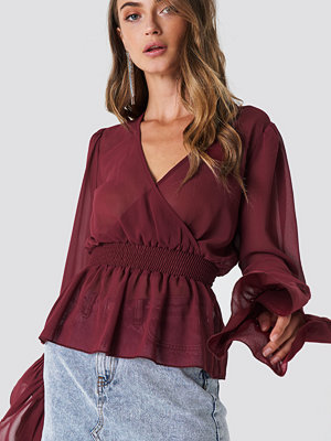 NA-KD Boho V-Neck Frill Sleeve Top lila