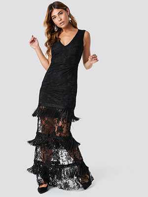 Trendyol Tassel Detail Lace Abi Dress - Festklänningar