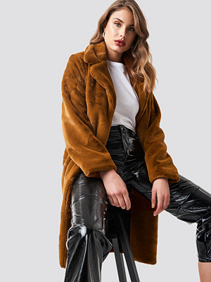 NA-KD Big Collar Faux Fur Jacket brun