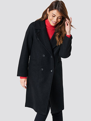 NA-KD Trend Oversized Double Breasted Coat svart