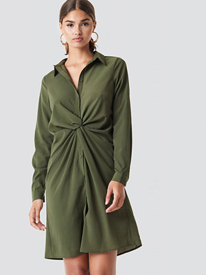 NA-KD Twist Detail Shirt Dress - Midiklänningar