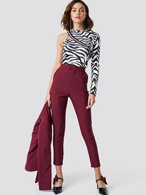 NA-KD Classic vinröda byxor Slim Leg Suit Pants lila