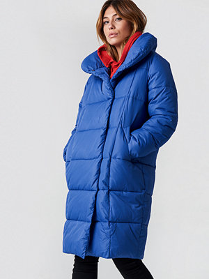 NA-KD Padded Shawl Collar Jacket blå