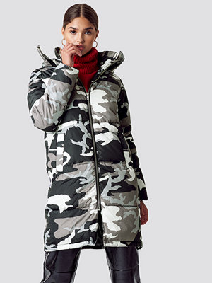 NA-KD Long Camo Padded Jacket multicolor