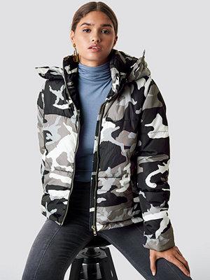 NA-KD Urban Camo Padded Jacket - Jackor