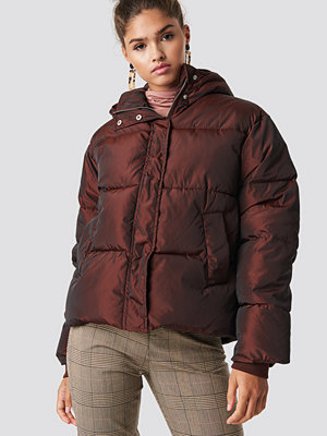 NA-KD Shiny Padded Jacket brun röd