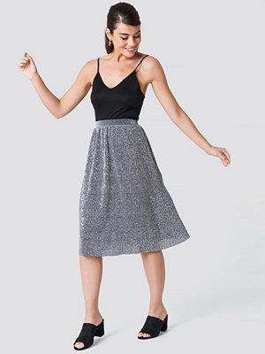 NA-KD Party Glitter Midi Skirt silver