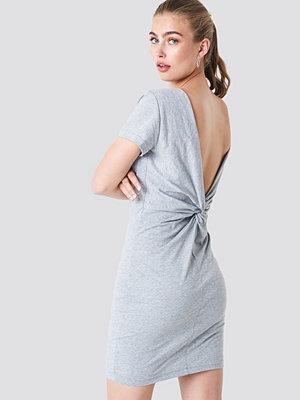 Rut & Circle Knot Back Dress - Festklänningar