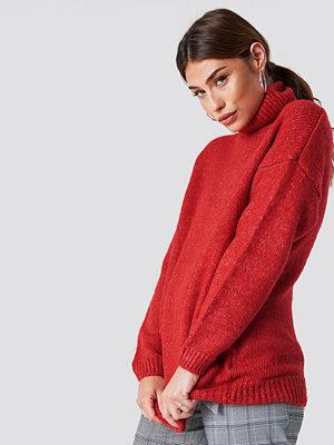 NA-KD Folded Oversized Knitted Sweater röd