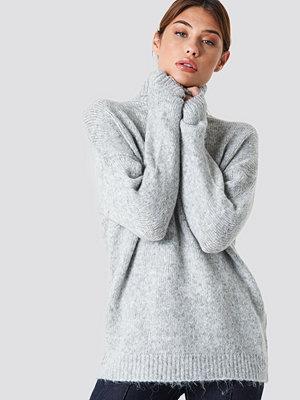 NA-KD Folded Oversized Knitted Sweater grå