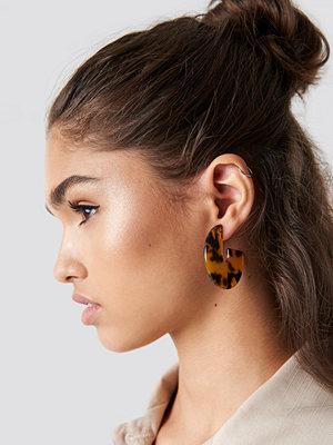 NA-KD Accessories Resin Look Hoop Earrings - Smycken