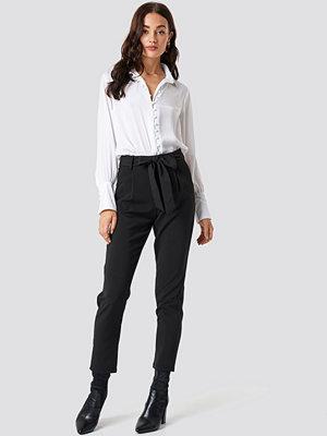 Glamorous svarta byxor Culotte Belted Pants svart