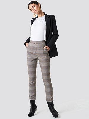 NA-KD Classic ljusgrå rutiga byxor Plaid Suit Pants grå multicolor