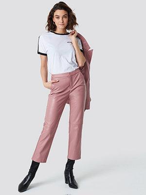 NA-KD Trend gammelrosa byxor PU Pants rosa