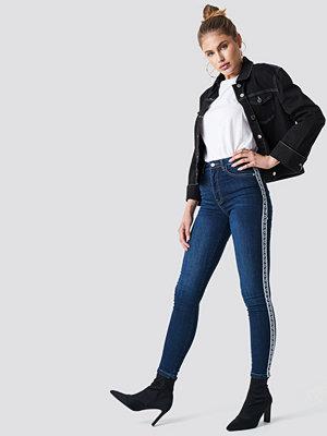 NA-KD Skinny High Waist Side Stripe Jeans