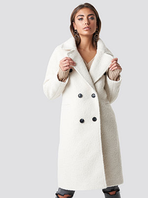 Luisa Lion x NA-KD Structure Double Breasted Coat vit