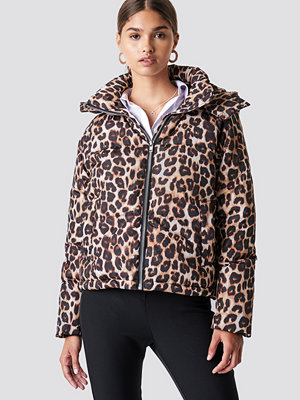 NA-KD Trend Leo Printed Padded Jacket multicolor