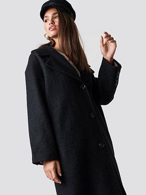 Hannalicious x NA-KD Oversized Wool Blend Coat svart