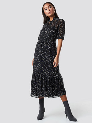 Sisters Point Eliza Dress svart
