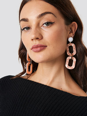 NA-KD Accessories Chained Resin Look Earrings - Smycken