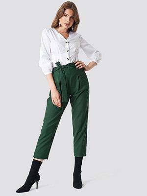 Trendyol mörkgröna byxor Belt Detailed Pant grön