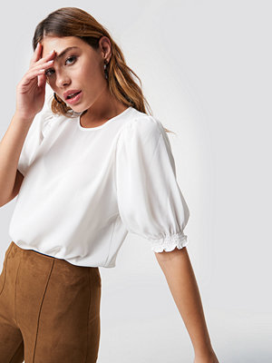 Trendyol Puffed Short Sleeve Blouse vit