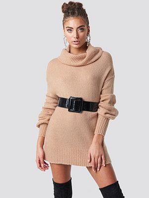 Luisa Lion x NA-KD Puff Sleeve Sweater beige