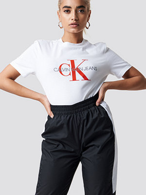 Calvin Klein Satin Monogram Relax Fit