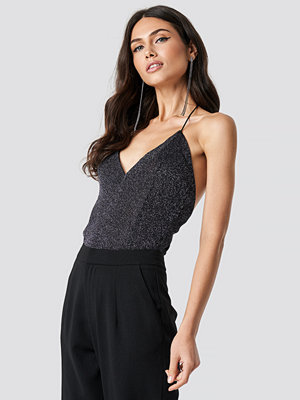 NA-KD Party Glittery Deep Neck Singlet svart