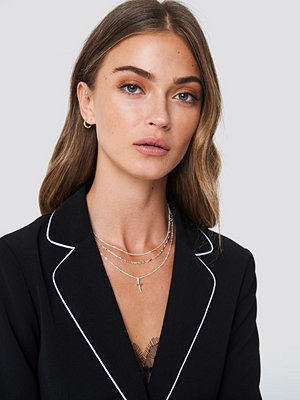 Tranloev Layered Cross Necklace - Smycken