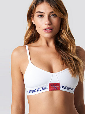 Calvin Klein Unlined Monogram Triangle Bra vit