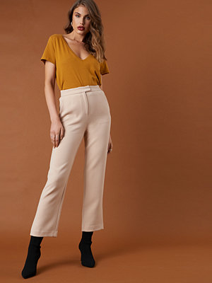 NA-KD Classic omönstrade byxor Relaxed Suit Pants beige