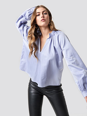NA-KD Trend V-Neck Balloon Sleeve Blouse - Blusar
