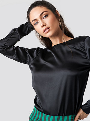 Rut & Circle Back Wrap Blouse - Blusar