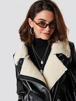 Emilie Briting x NA-KD Leopard cateye sunglasses - Solglasögon