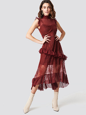 Trendyol Lace Detailed Maxi Dress burgundy