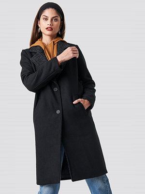 NA-KD Trend N Branded Lapel Coat - Kappor