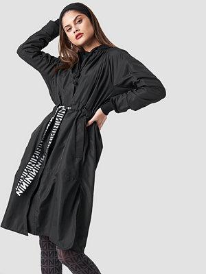 NA-KD N Branded Belt Jacket svart