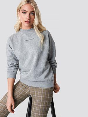 NA-KD Trend Passionate Sweatshirt grå